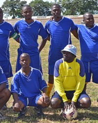 PS-KCN–football-team